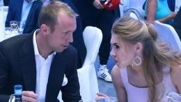 Экс-жена Глушакова могла изменять футболисту садвокатом избитого Пака