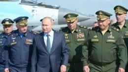 Опубликовано видео полета самолета Путина всопровождении шести Су-57