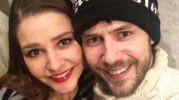 «Ажена непротив?» Жидков сТархановой отдохнули вбане без супругов