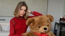 Фото: Русская супермодель Водянова поразила Канны обтягивающим ажурным платьем