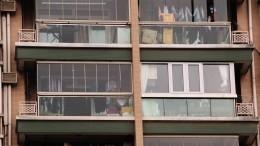 Стеклам— бой: Петербуржец два года ведет «балконную войну»