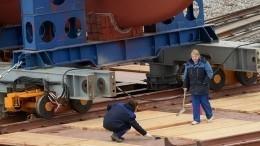 Исследовательское судно «Пионер-М» заложили наверфи вПетербурге— фото