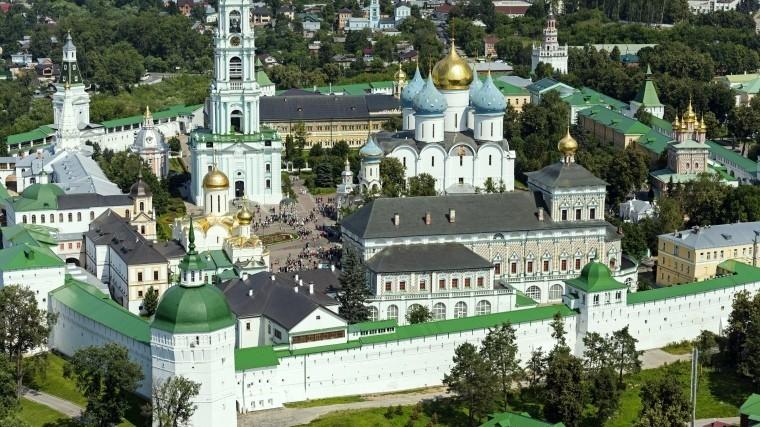 Пожертвования неподелили. Пьяный священник пытался убить монаха вТроице-Сергиевой лавре