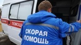Видео: Внедорожник въехал вмагазин вМоскве. Пострадал ребенок