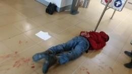 Жестокое нападение злоумышленника стопором намужчину вмэрии Южно-Сахалинска попало навидео