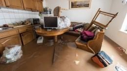 30 квартир затопило вИркутске повине подрядчика— видео