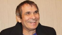 Бари Алибасов жив— источник опроверг сообщения осмерти