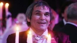 Звезды желают здоровья Бари Алибасову. Ему сегодня72
