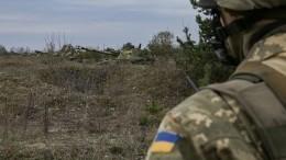 Зеленский: Украина будет «отвечать жестко» наобстрелы своих военных вДонбассе