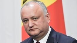Конституционный суд Молдавии временно отстранил президента отдолжности