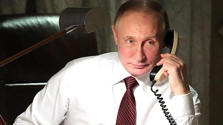 Путин поздравил потелефону Токаева спобедой навыборах вКазахстане
