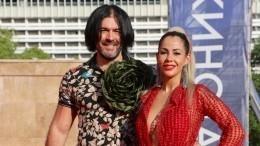 Голая Беркова устроила развратную фотосессию на«Кинотавре» вСочи— видео