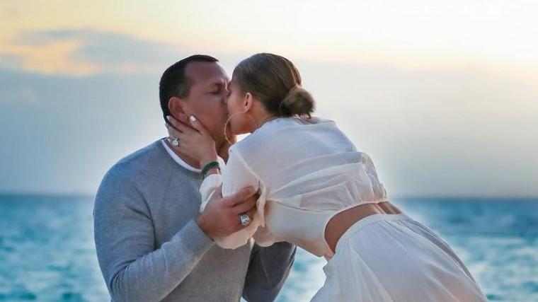 Стало известно, когда состоится свадьба Дженнифер Лопес