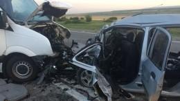Смертельная авария смикроавтобусом произошла нафедеральной трассе «Кавказ»