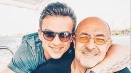 «Ненужно слов»: Самые трогательные поздравления звезд сДнем отца— фотоподборка