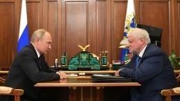 Глава «Справедливой России» предложил Владимиру Путину два пути борьбы скоррупцией