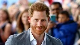 Принц Гарри пытался добиться Дженнифер Энистон, нобыл отвергнут