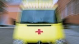 Момент смертельного наезда троллейбуса намужчину вПетербурге попал навидео