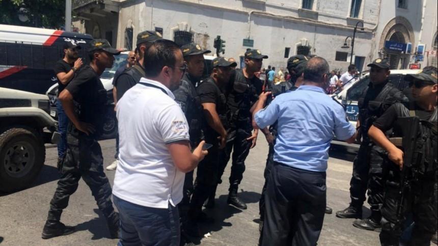 Второй взрыв прогремел встолице Туниса