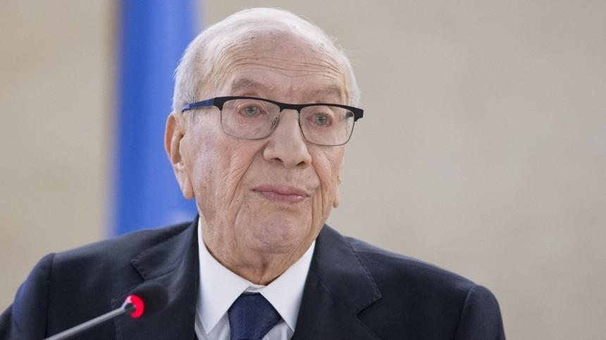 Умер президент Туниса