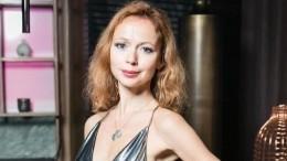 «Глаза морской глубины»: Актриса Захарова без макияжа восхитила поклонников