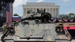 Ржавые танки иЛГБТ-активисты— как вСША готовятся коДню независимости