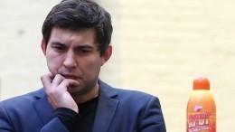 «Моя задача— заработать бабок!» Бари Алибасов-младший признался впиаре наотце