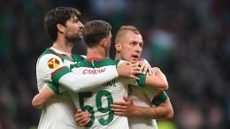 «Локомотив» победил «Зенит» вСуперкубке России пофутболу сосчетом 3:2