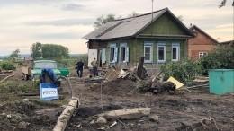Панихида попогибшим врезультате паводка прошла виркутском Тулуне— репортаж