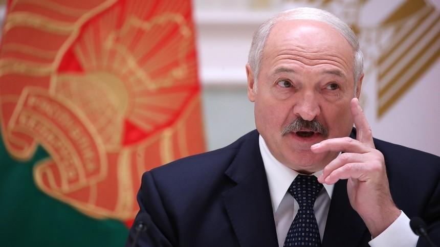 Лукашенко «абсолютно поддерживает» идею Зеленского овстрече вМинске