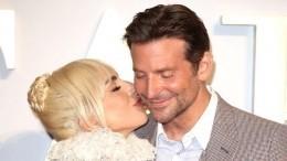 Леди Гага переехала жить вособняк Брэдли Купера?