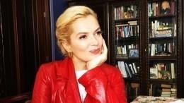 «Красное просто отпад!»: Порошина сразила поклонников фото из«Орленка»