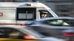 Видео: два человека погибли при столкновении авто строллейбусом вПетербурге