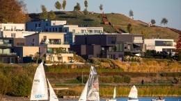 Израиль, США или Латвия? Где российские звезды покупают недвижимость для отдыха