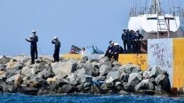 ВАмурском лимане терпит бедствие яхта