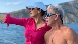 «Такая разная, такая страстная»: Газманов трогательно поздравил жену сгодовщиной