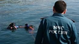 Эксклюзивные фото: ВЯкутии нашли тела трех мужчин иребенка, утонувших вреке Лене