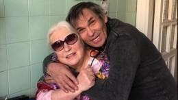 Почему Федосеева-Шукшина внезапно переписала наАлибасова московскую квартиру?