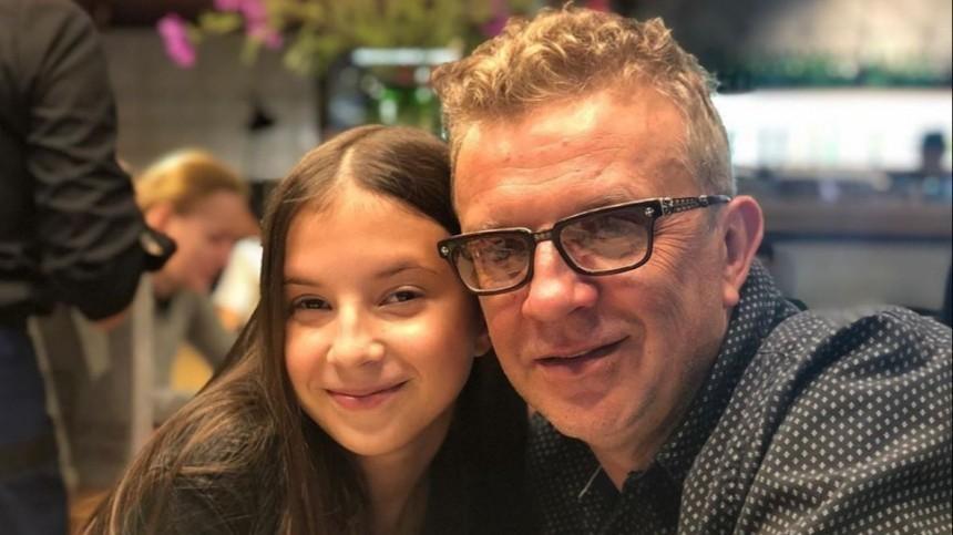 Рома Жуков угрожает бывшей жене отобрать шестерых детей