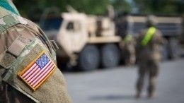 Видео: Корабль ВМС США сбил иранский беспилотник