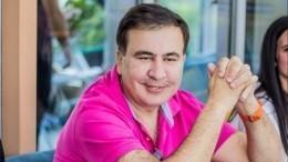 «Зеленскому нужно дать шанс»: Саакашвили отом, почему снял свою партию свыборов