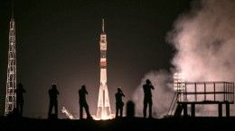Видео: «Союз МС-13» сновым экипажем МКС пристыковался кстанции