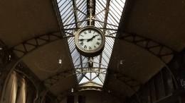 Сбой вдвижении электричек произошел наВитебском вокзале вПетербурге