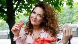 Фото: Климова отправилась надружескую прогулку свозлюбленной бывшего мужа