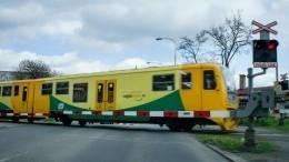 Видео: Товарный поезд сошел срельсов вЧехии
