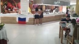 Украинские туристы устроили скандал вИспании из-за российского флага