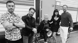 «Время безжалостно»: Фанаты неузнали постаревших актеров «Беверли Хиллз, 90210»