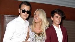 Фото: всети восхищаются красавцами-сыновьями Памелы Андерсон