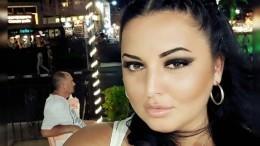 Экс-звезда «Дома-2» отдохнула с«египетским Челентано»— фото