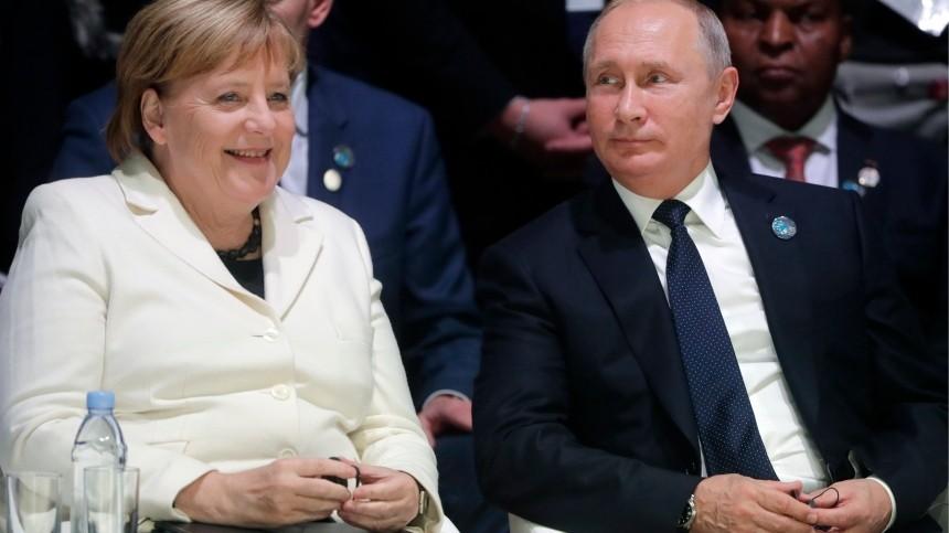 Зеленский получил «жесткий урок» отПутина иМеркель— украинские СМИ
